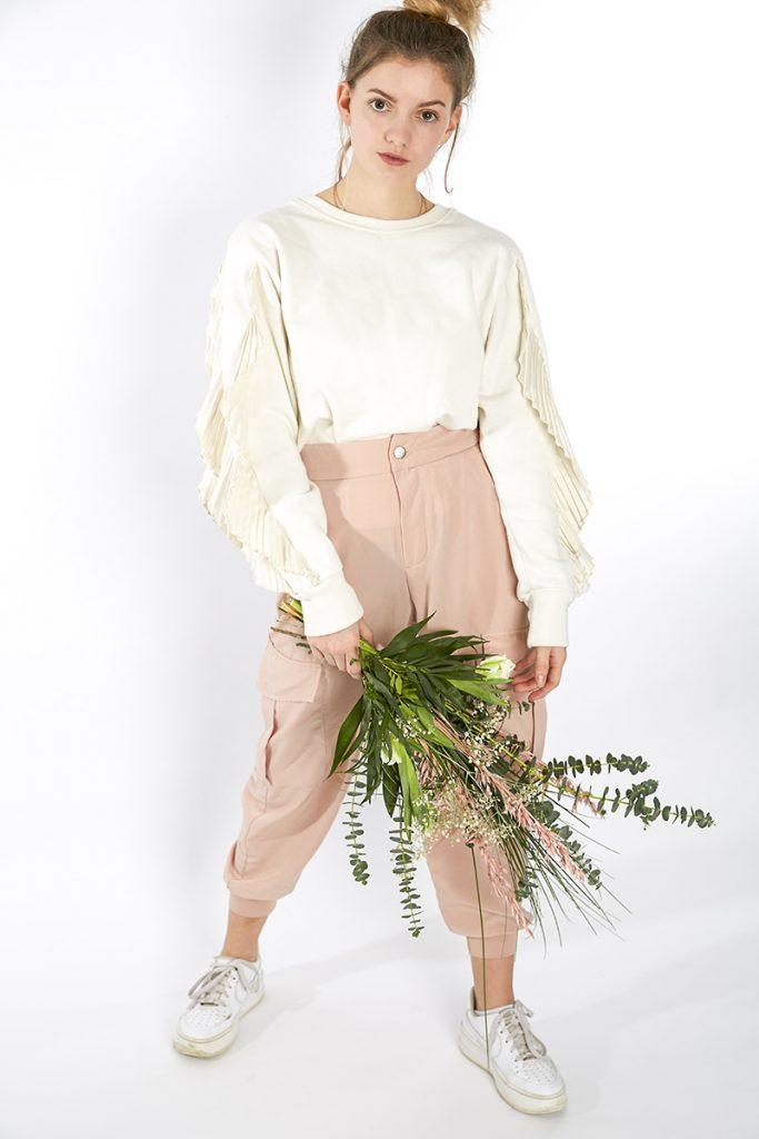 Fashion Blumen Korb Frau Mode